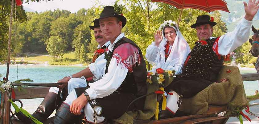 Locals in traditional Slovenian dress.jpg